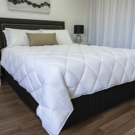 Plush 300 microfibre quilt