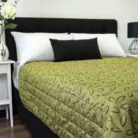 Laura Olive Rev Coverlet